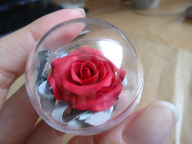rose bauble